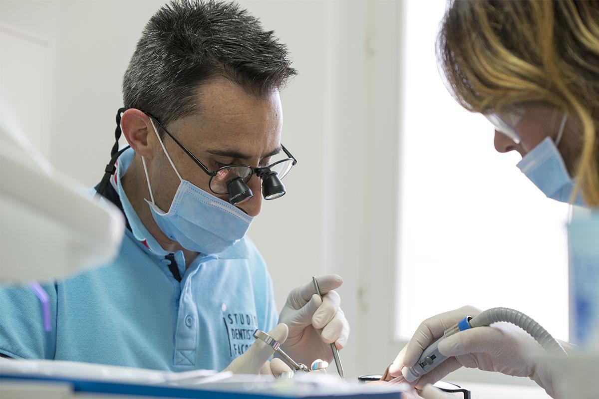 Implantologia a Brescia. E torni a sorridere!